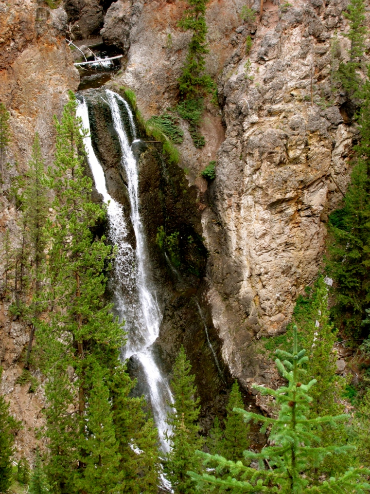 Crystal Falls, Yellowstone National Park