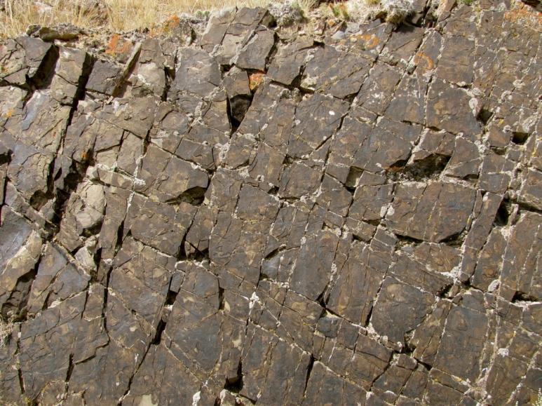 TRDU Formation, Block Mountain
