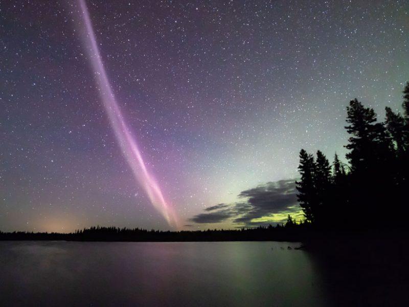 steve-circle-lake-sky-stars-800x600